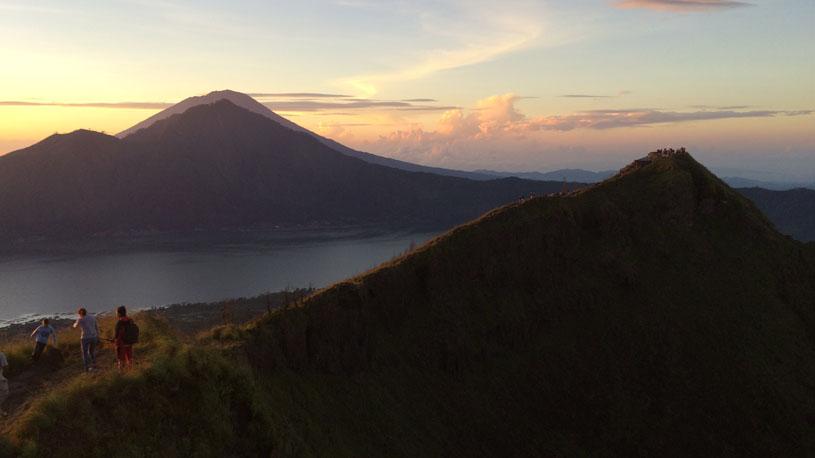 Mount Batur Sunrise trekking, Mount Batur trekking, Bali volcano trekking, batur volcano trekking, bali trekking tour, mount batur hiking.