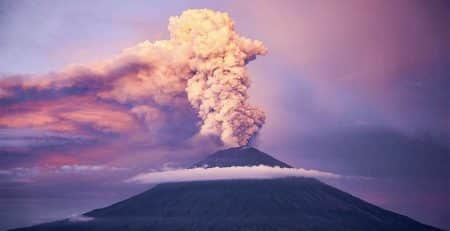Mount Agung eruption decreased, Bali safe to visit